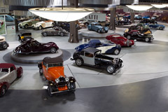 Mullin Automotive Museum visit with 80-shot gallery