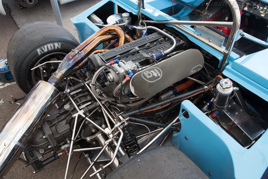 Chevron B26 Hart - Chassis: B26-74-07   - 2014 Grand Prix de l'Age d'Or