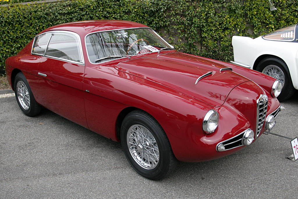 Click here to open the Alfa Romeo 1900C SS Zagato Coupe gallery