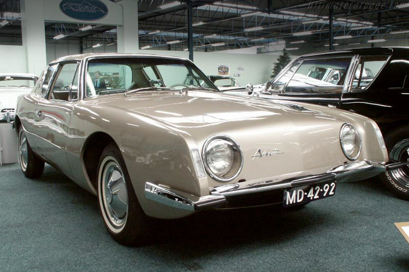 Click here to open the Studebaker Avanti gallery