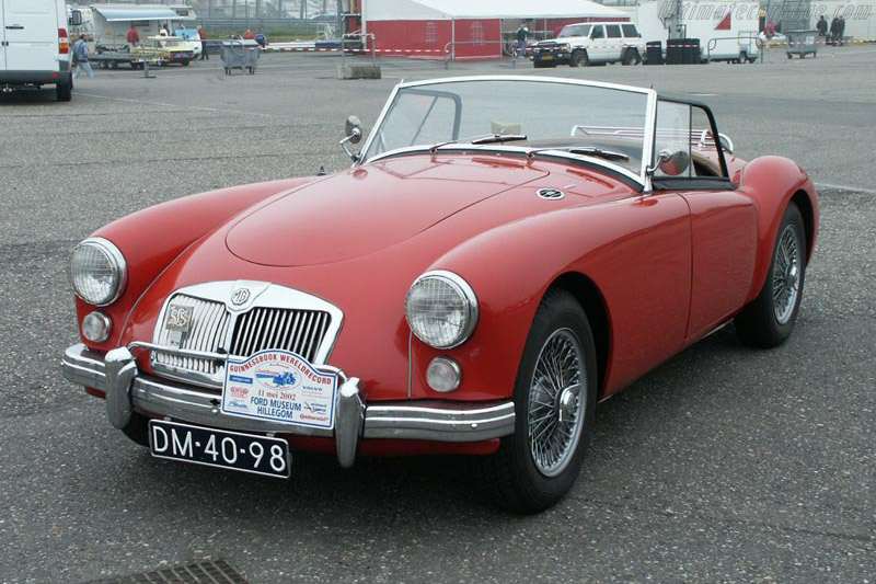 Click here to open the MG A 1600 gallery