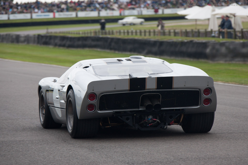 Ford GT40 Mk II - Chassis: GT40P/1012   - 2012 Goodwood Revival