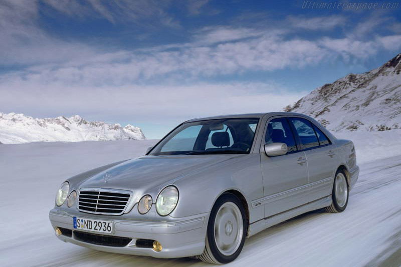 Click here to open the Mercedes-Benz E 55 AMG 4MATIC gallery