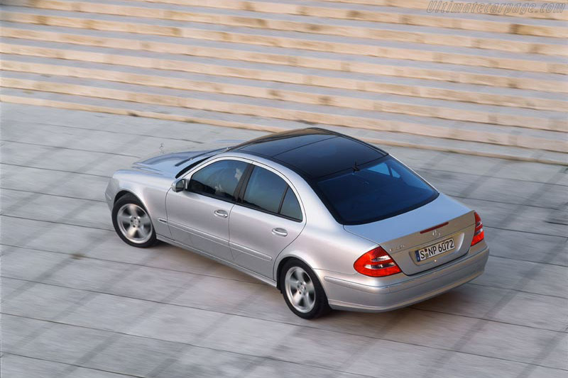 Mercedes-Benz E 320 Avantgarde