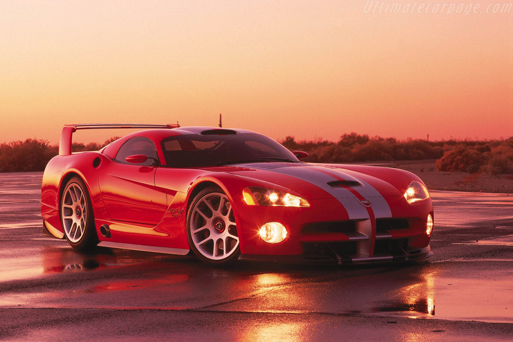 Nissan Sports Car >> 2000 Dodge Viper GTS/R Concept - Images, Specifications and Information
