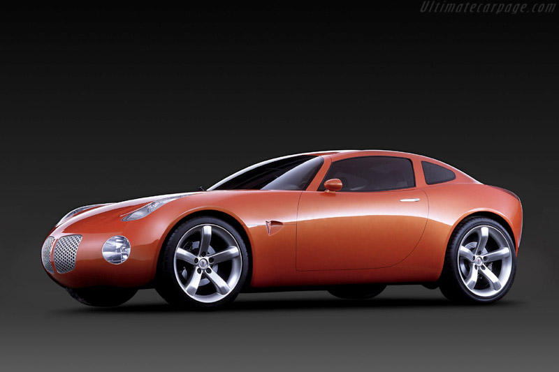 Click here to open the Pontiac Solstice Coupe Concept gallery