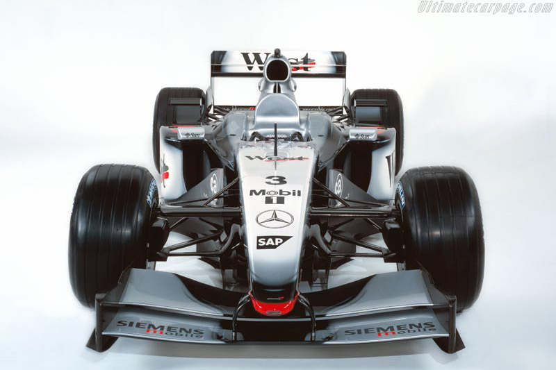 Click here to open the McLaren MP4-17 Mercedes gallery