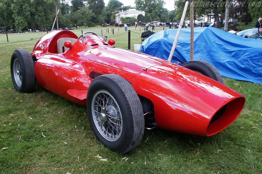 Click here to open the Ferrari 555 Super Squalo gallery