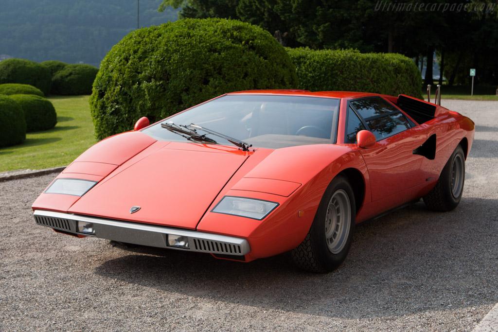 Click here to open the Lamborghini Countach LP400 gallery