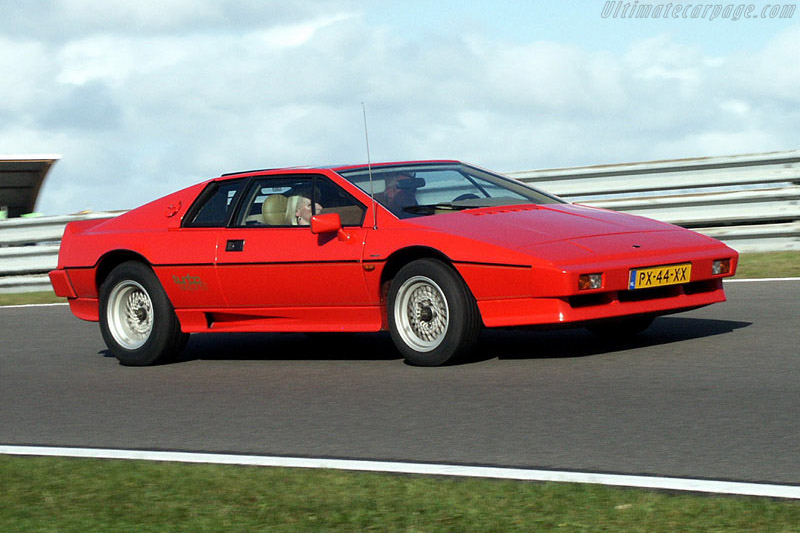 Click here to open the Lotus Esprit Turbo gallery