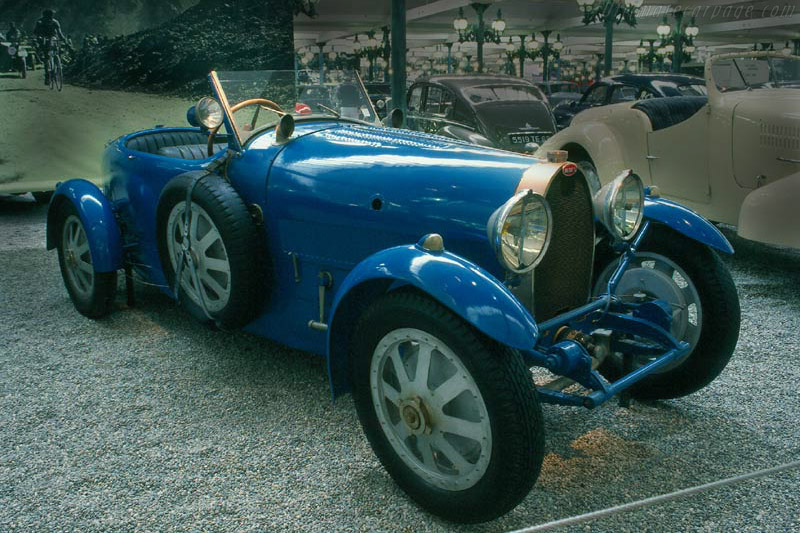 Click here to open the Bugatti Type 43 Grand Sport gallery