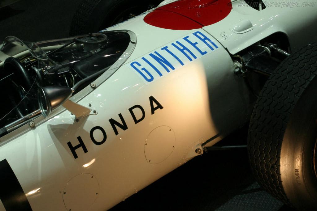 Honda RA272 - Chassis: RA272F-103   - 2005 Geneva International Motor Show