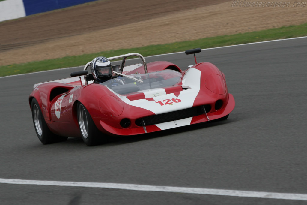 Lola T70 Mk3B Spyder Chevrolet - Chassis: SL75/123   - 2005 Silverstone Classic