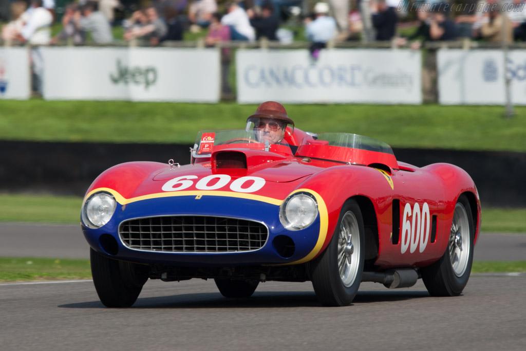 Click here to open the Ferrari 290 MM Scaglietti Spyder gallery