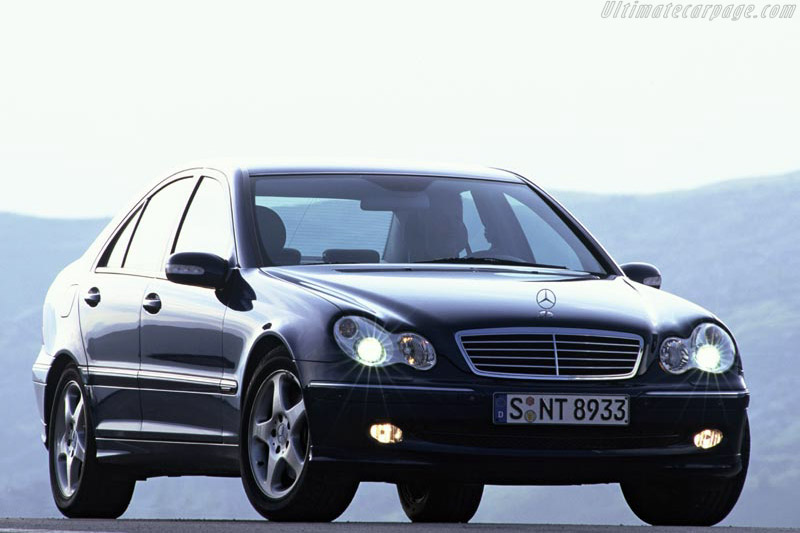 Click here to open the Mercedes-Benz C 320 4-MATIC gallery