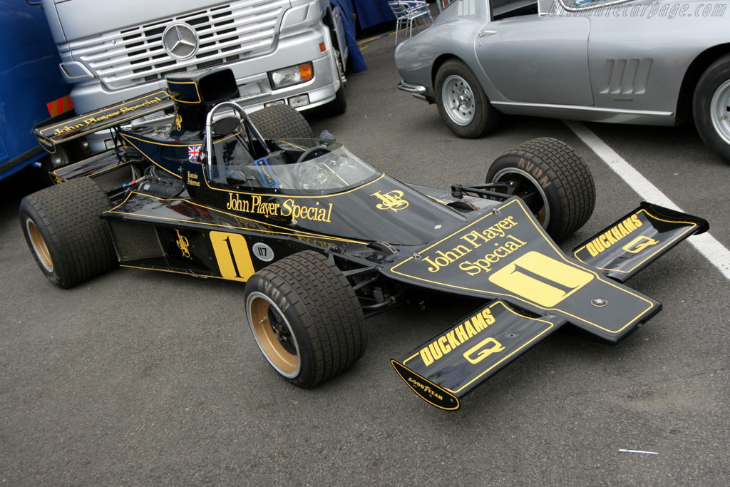 Click here to open the Lotus 76 Cosworth gallery