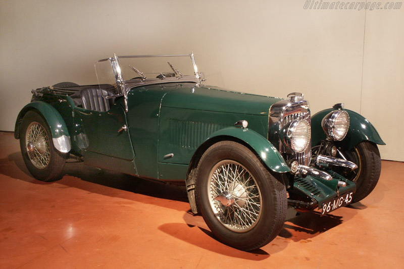 Click here to open the Aston Martin Mark II 2/4 Seater gallery