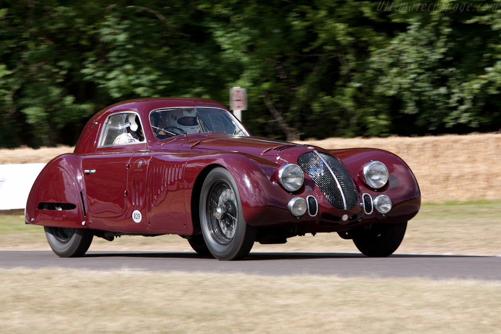 Click here to open the Alfa Romeo 8C 2900B Le Mans Berlinetta gallery