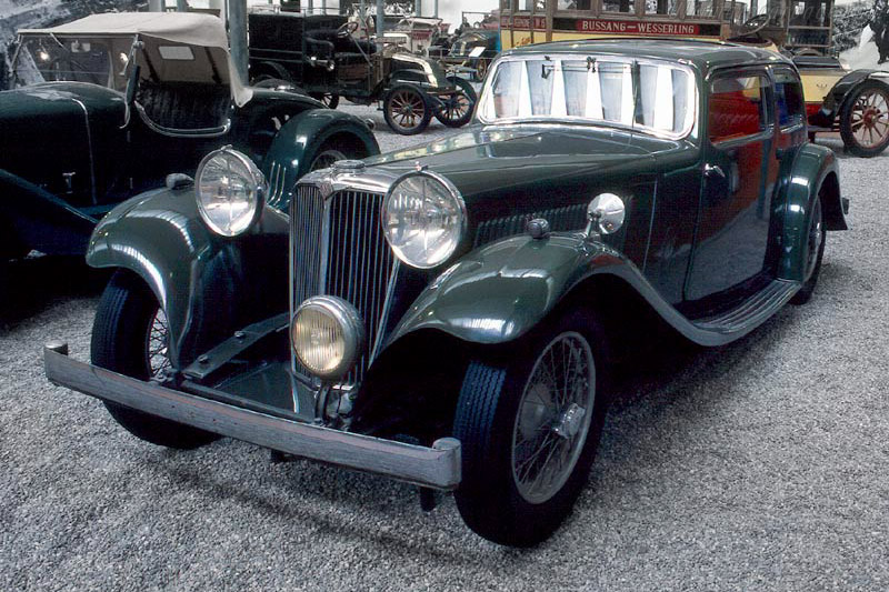 Click here to open the Jaguar SS I Saloon gallery