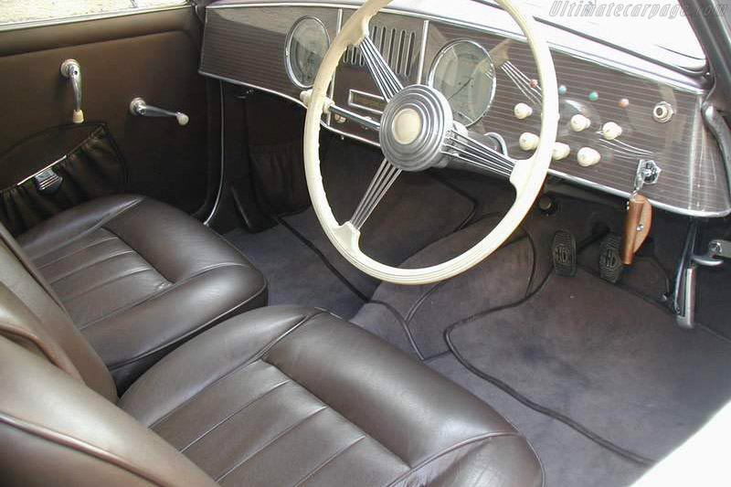 Alfa Romeo 6C 2500 SS Touring Cabriolet - Chassis: 915527   - 2002 Louis Vuitton Classic
