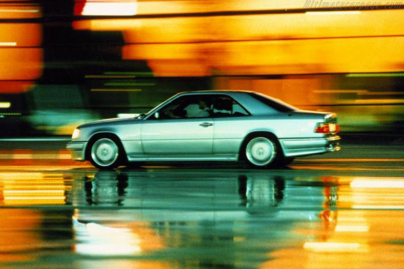 Click here to open the Mercedes-Benz E 36 AMG Coupe gallery