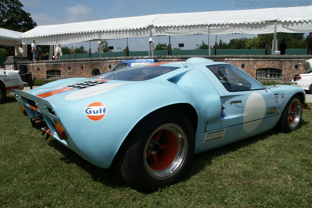 Ford GT40 Mk I Gulf - Chassis: GT40P/1084   - 2002 Louis Vuitton Classic