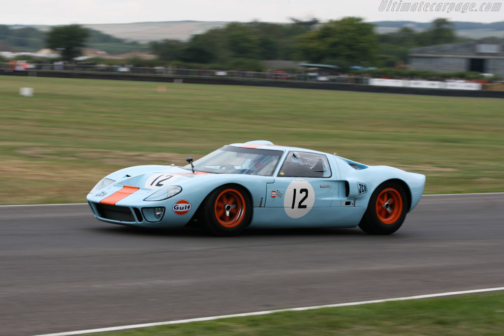 Ford GT40 Mk I Gulf - Chassis: GT40P/1084   - 2006 Goodwood Revival