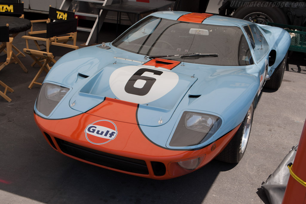 Ford GT40 Mk I Gulf - Chassis: GT40P/1075   - 2009 Monterey Historic Automobile Races