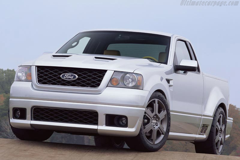Click here to open the Ford F150 SVT Lightning Concept gallery