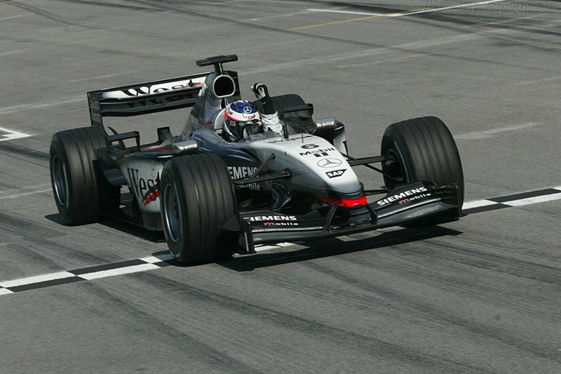 Click here to open the McLaren MP4-17D Mercedes gallery