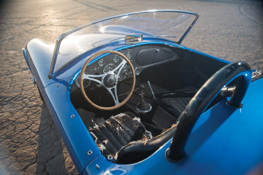 AC Shelby Cobra Mk I 260