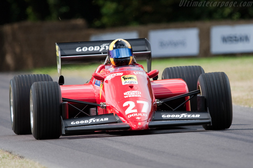 Click here to open the Ferrari 126 C4 gallery