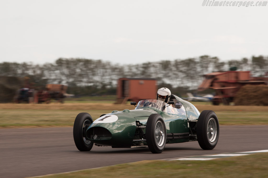 Aston Martin DBR4 - Chassis: DBR4/4 - Driver: Richard Attwood  - 2012 Goodwood Revival