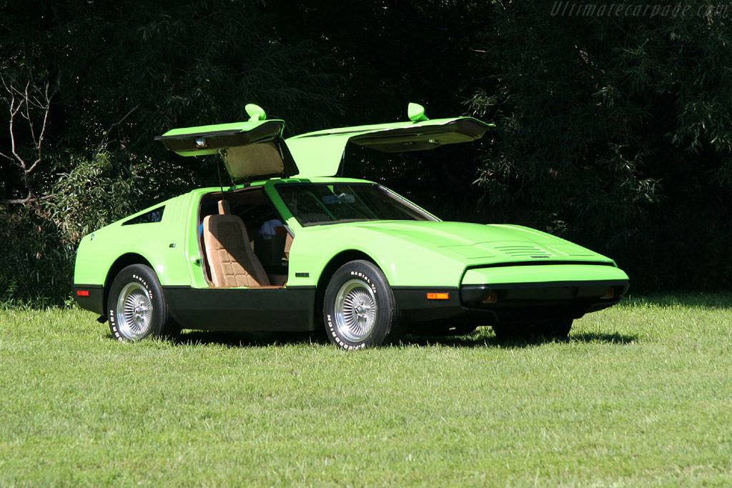 Click here to open the Bricklin SV1 Ford gallery