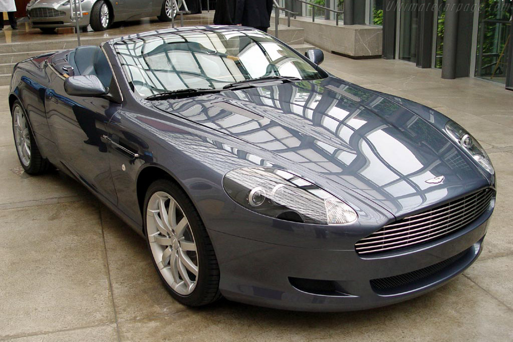 Click here to open the Aston Martin DB9 Volante gallery