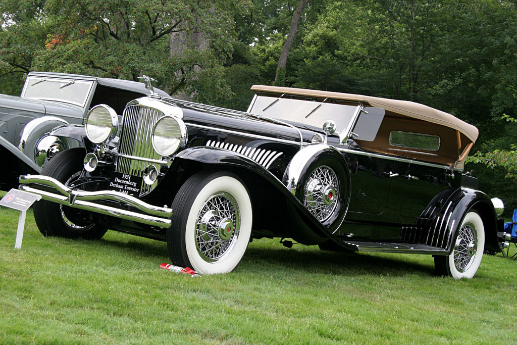 Click here to open the Duesenberg J Derham Tourster gallery