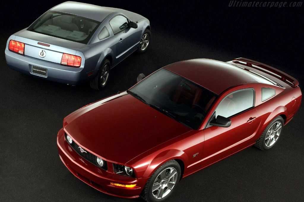 Click here to open the Ford Mustang GT gallery