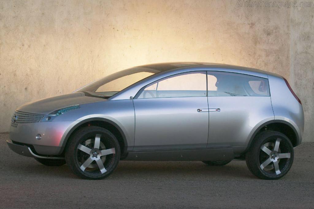 Nissan Actic