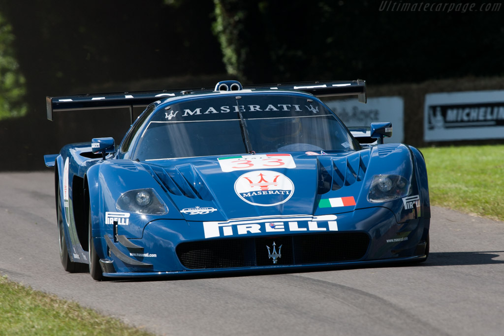 Click here to open the Maserati MC12 Corse gallery