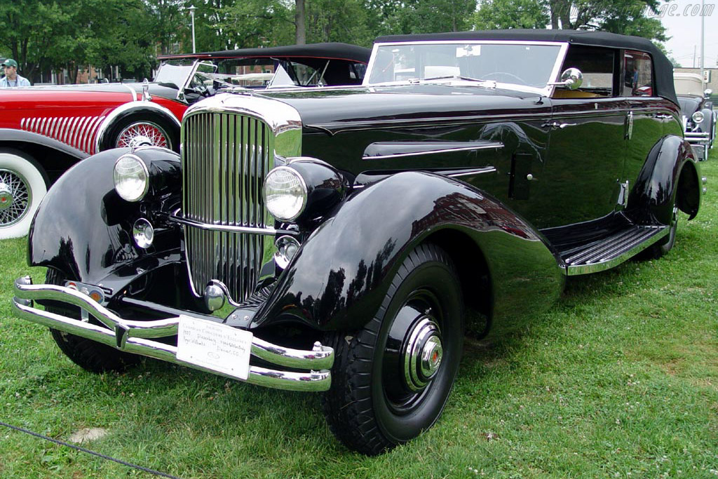 Click here to open the Duesenberg J Rollston Convertible Berline gallery