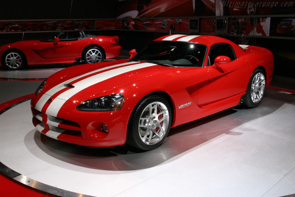 2005 2007 Dodge Viper Srt 10 Coupe Images Specifications And Information