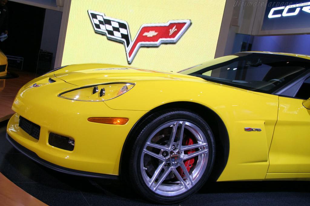 Chevrolet Corvette C6 Z06    - 2005 North American International Auto Show (NAIAS)