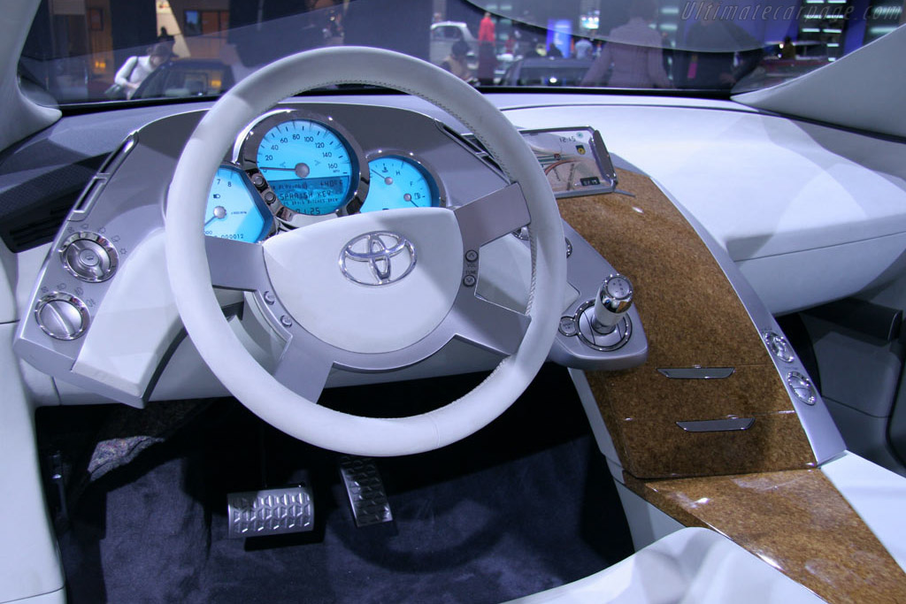 Toyota FT-SX Concept    - 2005 North American International Auto Show (NAIAS)