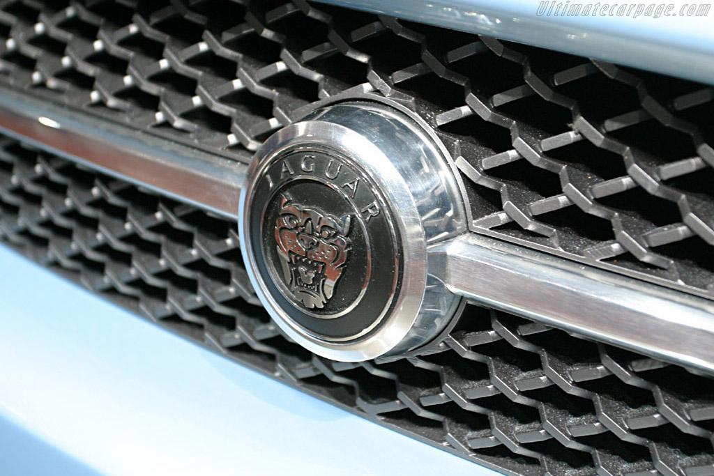 Jaguar Advanced Lightweight Coupe    - 2005 North American International Auto Show (NAIAS)