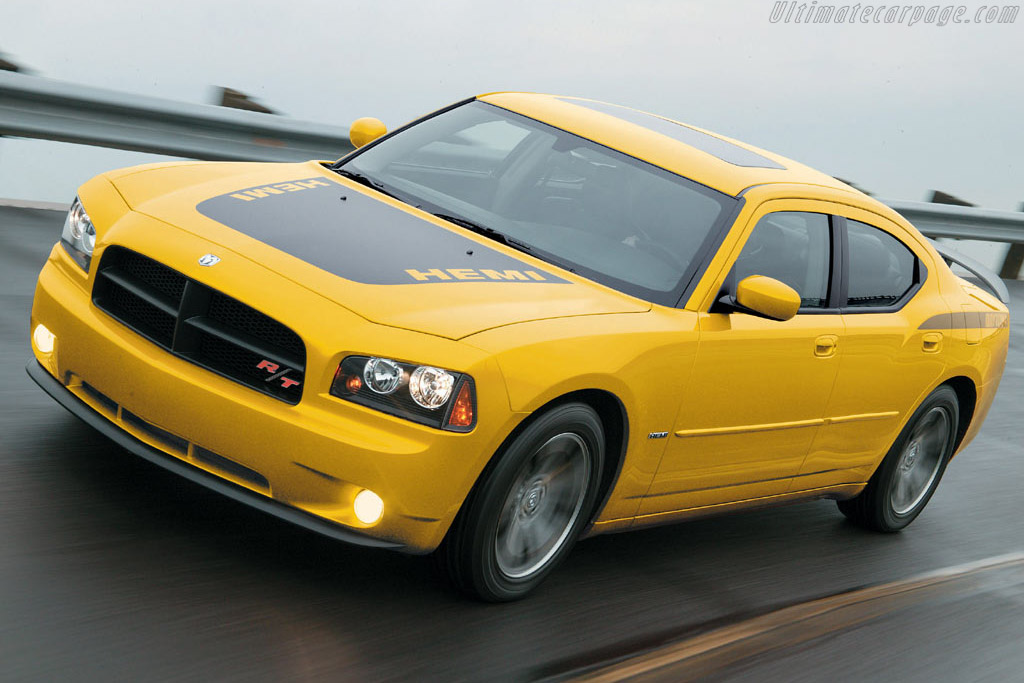Click here to open the Dodge Charger Daytona R/T gallery
