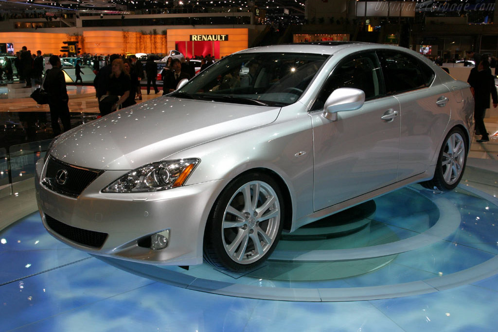 Click here to open the Lexus IS 220d gallery