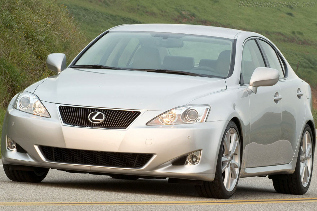 Click here to open the Lexus IS 350 Sport gallery