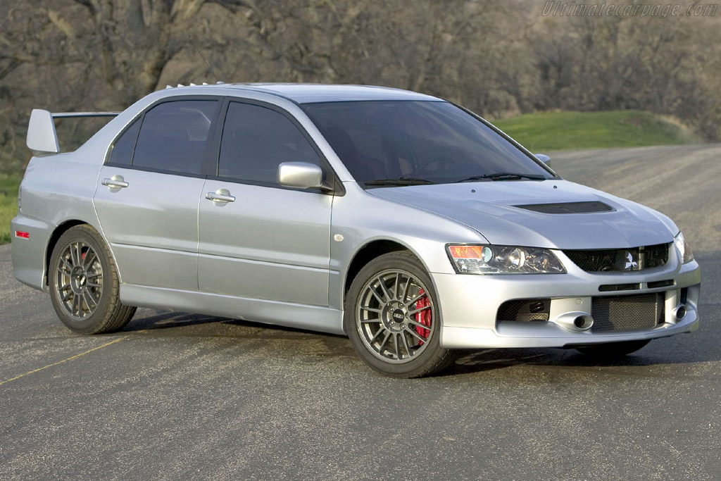 Click here to open the Mitsubishi Lancer EVO IX gallery