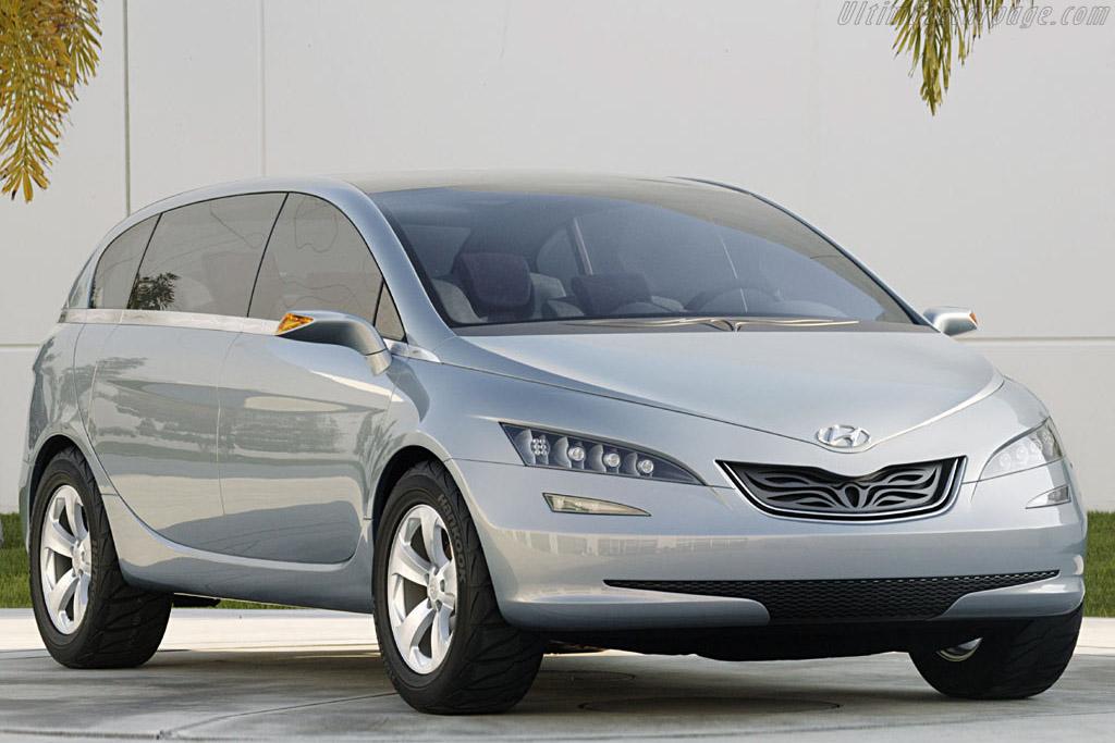 Click here to open the Hyundai Portico Concept gallery