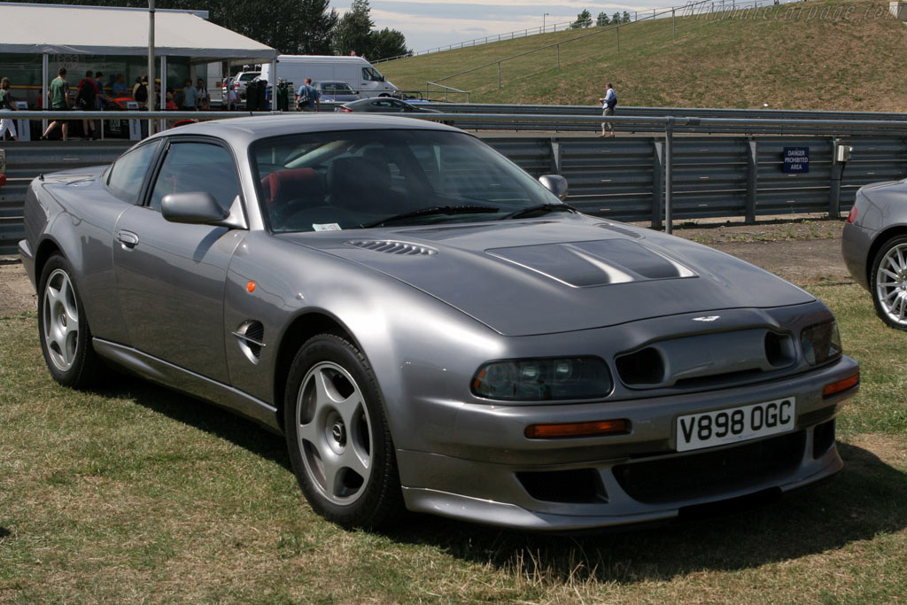 1999 2000 Aston Martin V8 Vantage Le Mans Images Specifications And Information